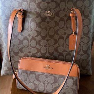 Coach purse wallet combo